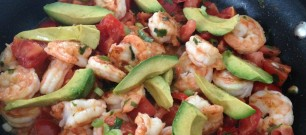 seared shrimp with tomato and avocado